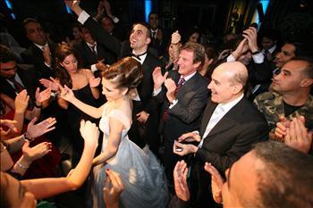 Kouchner Dancing Lebanon danse